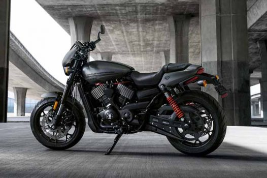 Harley-Davidson Street Rod out to conquer the city