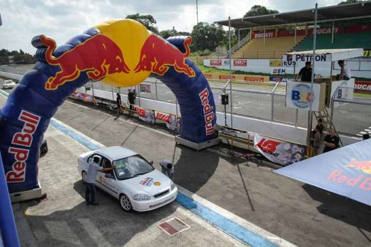 FlatOut Race Series kicks off 2017 season at the Batangas Racing Circuit
