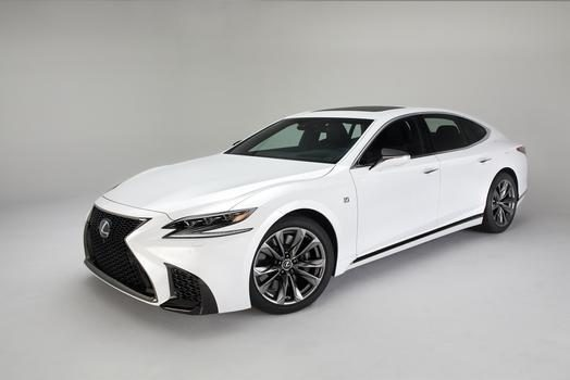 NYIAS saw the debut of the 2018 Lexus LS 500 F Sport